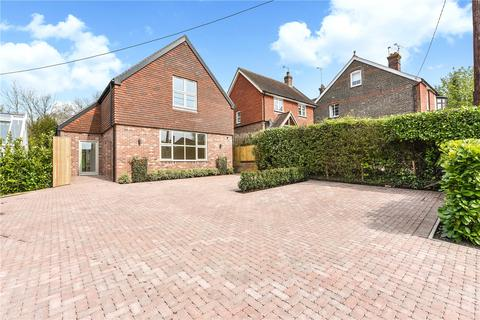 4 bedroom detached house for sale - Church Road, Steep, Petersfield, Hampshire, GU32