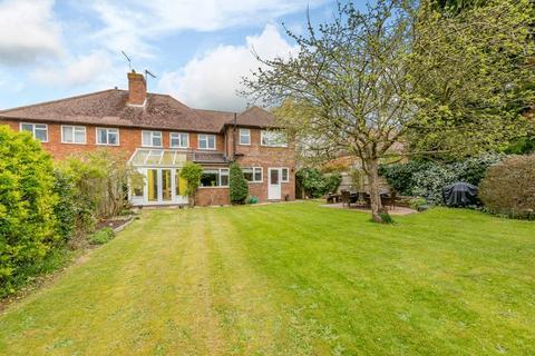 4 bedroom semi-detached house for sale - Burpham, Guildford