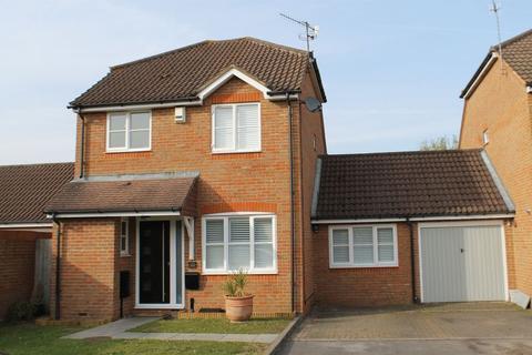 3 bedroom detached house for sale - Burpham, Guildford