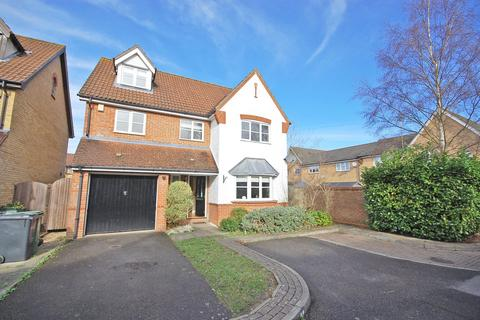 5 bedroom detached house for sale - Timbers Close, Great Notley, Braintree, CM77