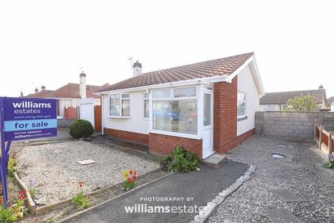 2 bedroom detached bungalow for sale - Morris Avenue, Prestatyn