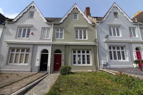 4 bedroom terraced house for sale - Stoke