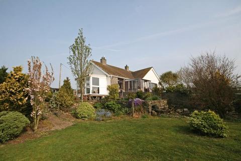 3 bedroom detached bungalow for sale - Llanrhyddlad, Anglesey