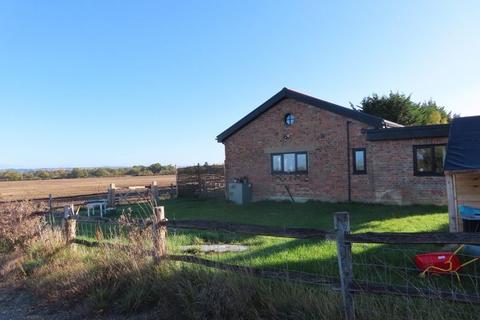 3 bedroom barn conversion to rent - Pagehurst Road, Staplehurst
