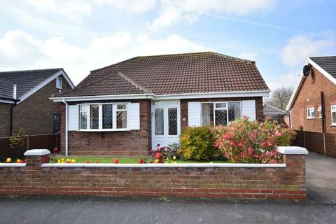 3 bedroom detached bungalow for sale - Windermere Crescent, Humberston, Grimsby