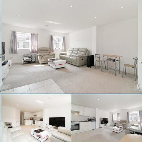 1 bedroom flat for sale - First Floor Flat, Abbey Parade,