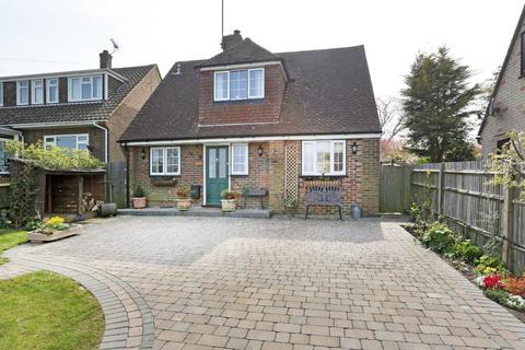 3 bedroom detached house for sale - Chequers Road, Goudhurst, Kent, TN17 1DL