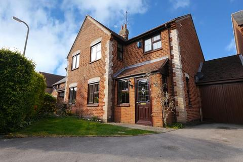 3 bedroom semi-detached house for sale - Robert Sparrow Gardens, Crowmarsh