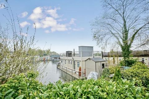 2 bedroom houseboat for sale - Banks End, Wyton, Cambridgeshire.