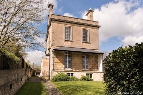 6 bedroom detached house for sale - London Road West, Bath