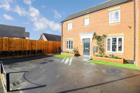3 bedroom semi-detached house for sale - Spencroft Close, Norton, Stoke-on-Trent, ST6