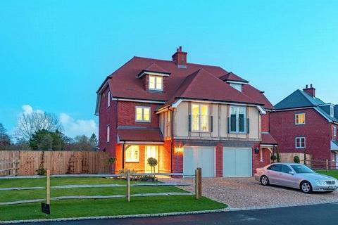 3 bedroom semi-detached house for sale - Godstone Road, Lingfield, Surrey, RH7