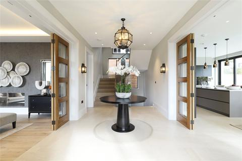6 bedroom semi-detached house for sale - The Drive, Montem Square, Arterberry Road, London, SW20