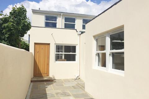 2 bedroom mews to rent - Coleridge Street, Hove, East Sussex
