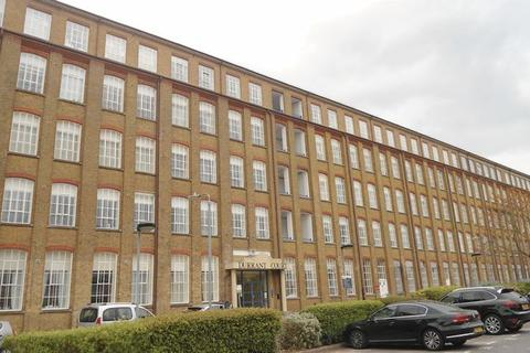2 bedroom apartment to rent - Two bedroom refurbished apartment