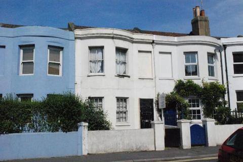 2 bedroom terraced house to rent - Surrey Street, Brighton