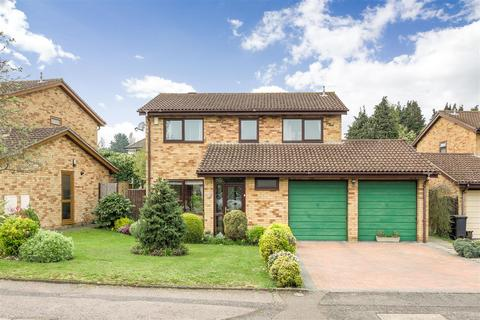 4 bedroom detached house for sale - Yewtree Court, Boothville, Northampton