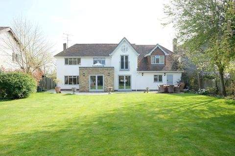 5 bedroom detached house for sale - Woodhill Road, Sandon, CM2