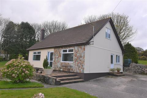 3 bedroom detached bungalow for sale - Trevethan, Redruth