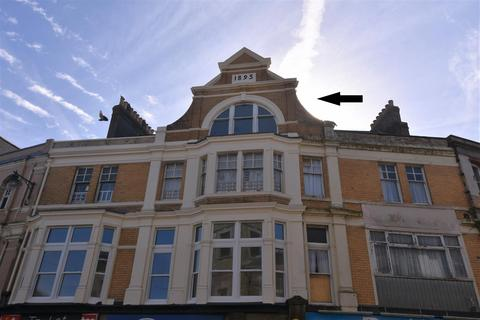 2 bedroom flat for sale - Commercial Street, Camborne