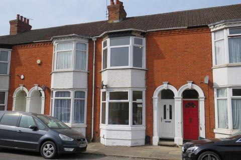 2 bedroom terraced house to rent - Countess Road, St James, Northampton