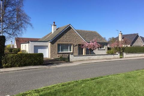 3 bedroom detached house for sale - Ordiequish Road, Fochabers, Moray