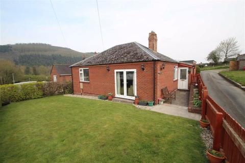 4 bedroom detached bungalow for sale - Offas Road, Knighton, Knighton, Powys