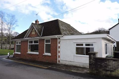 3 bedroom detached bungalow for sale - Abercrave Terrace, Cae Hopkin