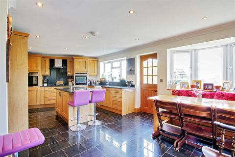 4 bedroom semi-detached house for sale - Seal Road, Sevenoaks