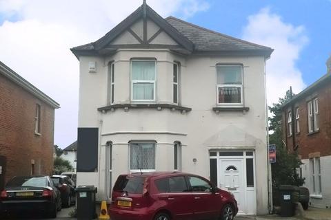 3 bedroom flat to rent - THREE BEDROOM MAISONETTE, CHARMINSTER
