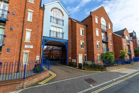 2 bedroom apartment to rent - Watermans Yard, Norwich