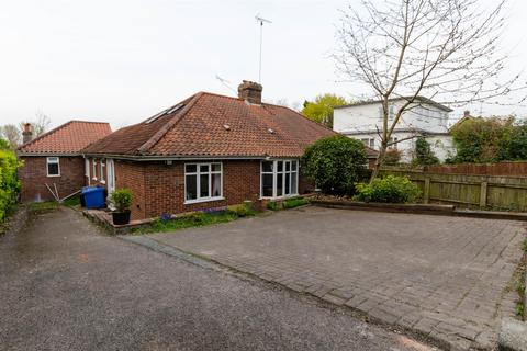 5 bedroom semi-detached bungalow to rent - Norwich, NR5