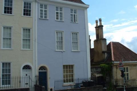 2 bedroom flat to rent - St Michaels Hill, Bristol, BS2