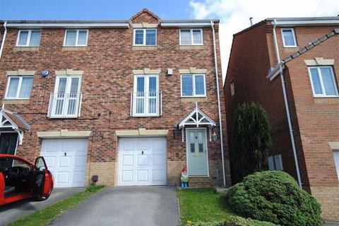 3 bedroom townhouse for sale - Appletree Lane, Kippax, Leeds, LS25