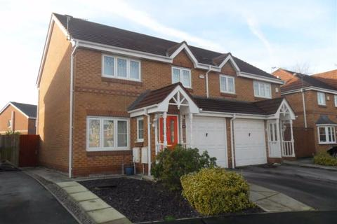 3 bedroom semi-detached house to rent - Kerscott Road, MANCHESTER, MANCHESTER