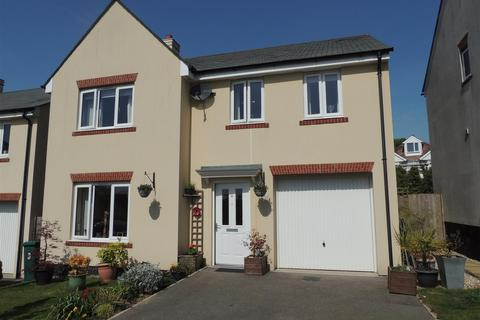 4 bedroom detached house for sale - Tregorrick View, St. Austell