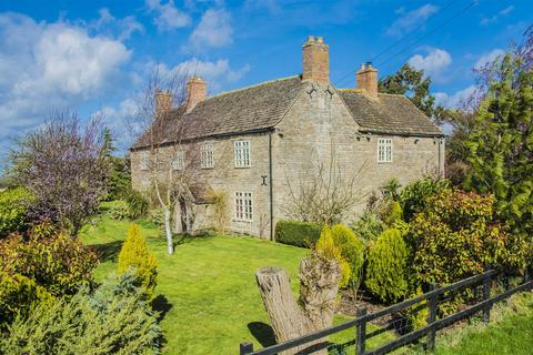5 bedroom detached house for sale - Luddington In The Brook, Near Oundle