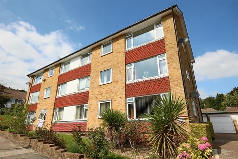 3 bedroom flat to rent - Bankside Court, Brighton, East Sussex