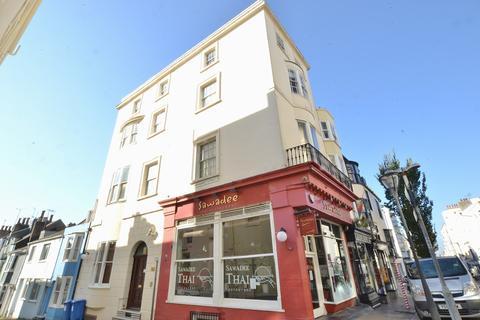 2 bedroom flat to rent - St James's Street, BRIGHTON, BN2