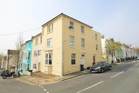 2 bedroom flat for sale - Clyde Road, Brighton, BN1 4NN