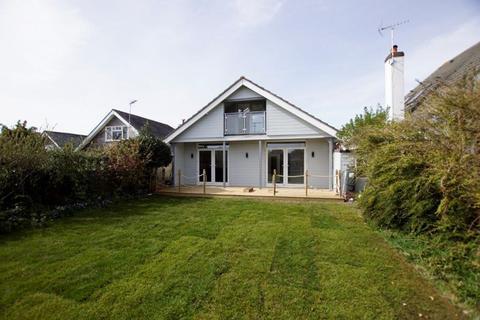4 bedroom chalet for sale - Alexandra Road, Alexandra Park, Poole