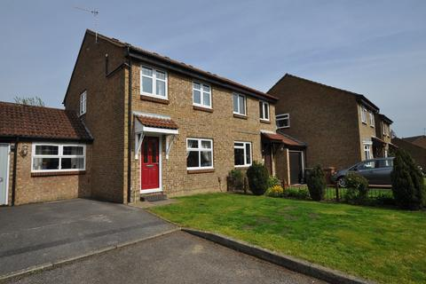 3 bedroom semi-detached house for sale - Hodgson Gardens, Guildford