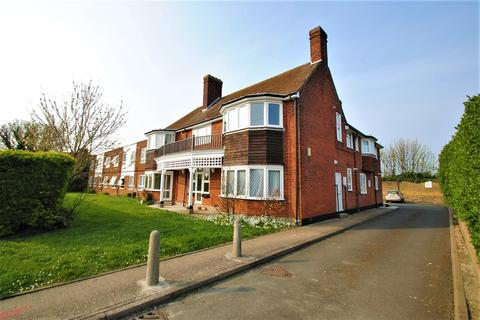 1 bedroom barn conversion to rent - Lister Road, Margate