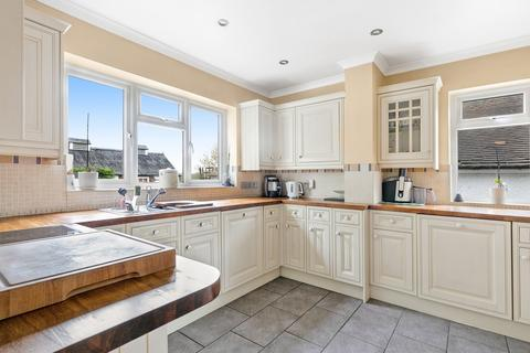 3 bedroom manor house for sale - Lower Kingswood, Surrey