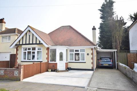 4 bedroom chalet for sale - Preston Road, Clacton-on-Sea