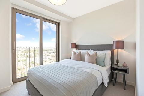 3 bedroom apartment for sale - Royal Docks West, London