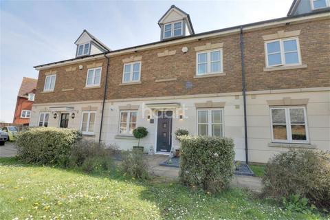 5 bedroom terraced house to rent - Ayrton Close, Grange Farm