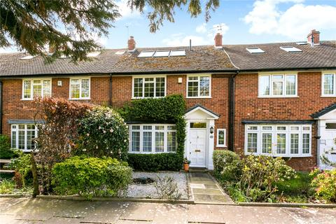 4 bedroom terraced house for sale - Ravenswood Park, Northwood, Middlesex, HA6
