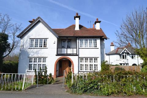 4 bedroom detached house for sale - Castle Road, Tankerton, Whitstable