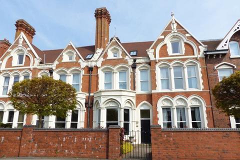 3 bedroom apartment for sale - Lichfield Road, Sutton Coldfield